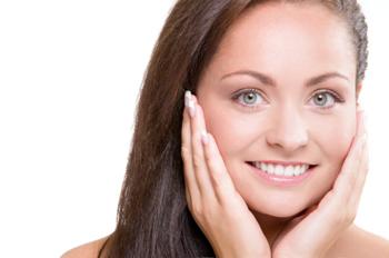 ¡Empieza a cuidar tu piel ahora! (Y hazlo correctamente)