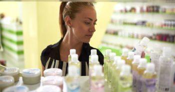 ¿Hay Químicos Peligrosos en tus Productos para el Cuidado de la Piel?