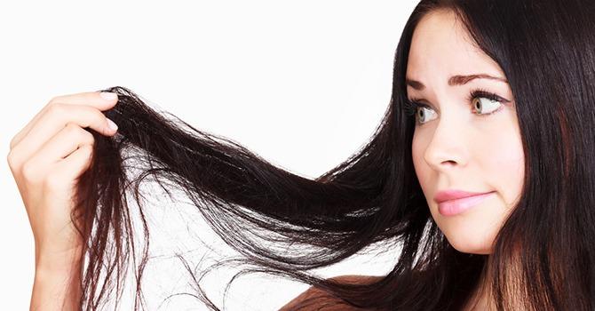 ¿La Humedad Causa Problemas en tu Pelo?