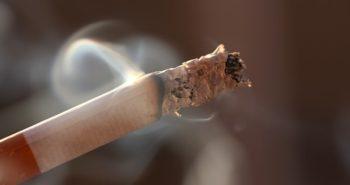 ¿Perder el pelo por el tabaco?